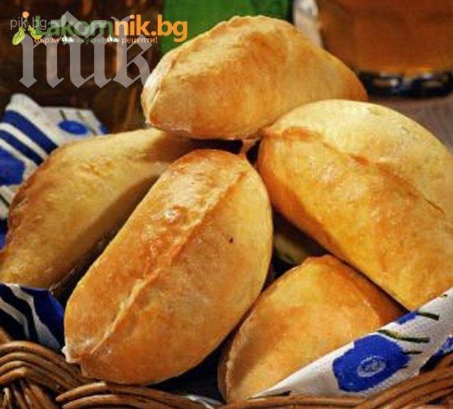 Пирожки с месо и зелен лук