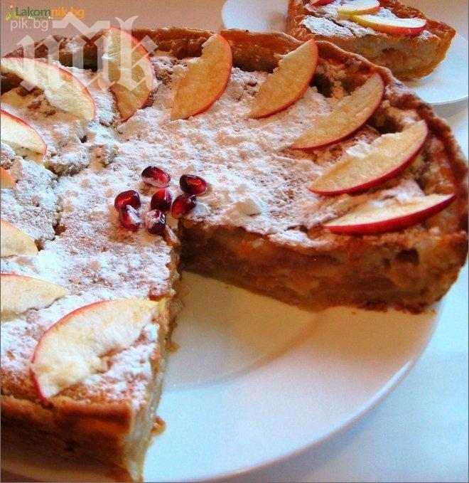 Ябълков пай със сметанов крем