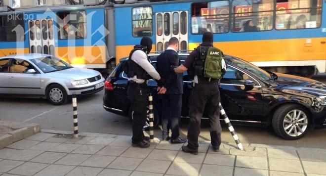 Извънредно! Акция на ДАНС в София! Арестуван е мъж! /обновена/