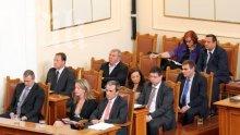 10 министри ще отговарят на депутатски питания