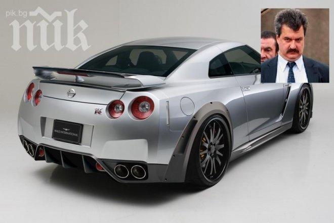 Синът на Тодор Батков кара кола за 200 000 лева! Яки момчета го охраняват на всяка крачка