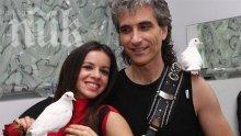 Елица пее и на китайски в новия албум със Стунджи