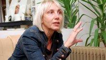 Жестока драма! Ирен Кривошиева спипала мъжа си на калъп със сестра си