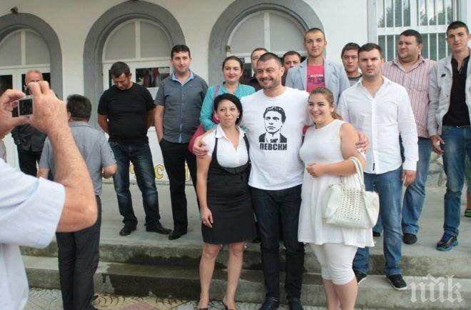 Бареков: Най-голяма вина за липсата на реформи носи Борисов, той се продаде