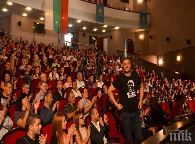 Бареков в Благоевград: Който не знае български език, няма да има право да гласува