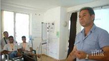 Ромски лидер: Интернетът да се забрани на младите циганки, лесно се лъжат и губят девствеността си