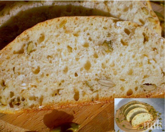Домашен хляб с овесени ядки