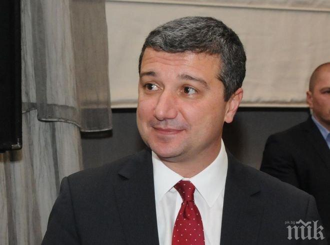 Драгомир Стойнев разкри пред ПИК: Плевнелиев е адвокат на ВЕИ-тата!
