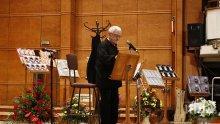 """Недялко Йорданов разкри живота си в стихове и песни! Поетът завладя зала """"България"""", 1200 не спряха да го аплодират!  (видео)"""
