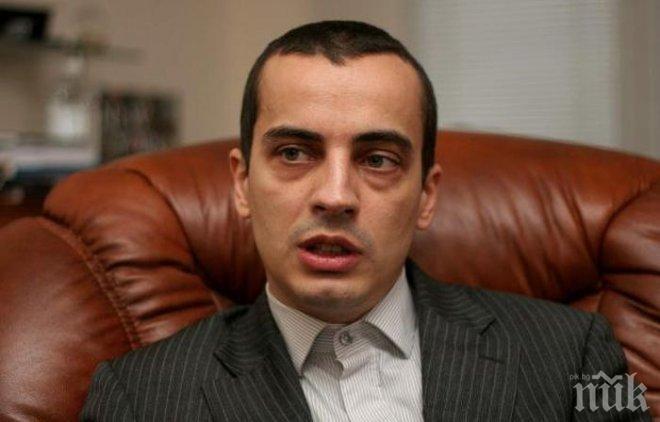 Зам.-кметът Чобанов защити паметника на цар Самуил