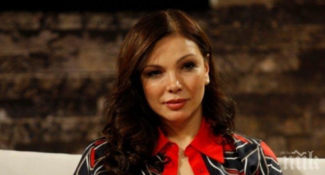 Юлияна Дончева болезнено откровена: Родих на 49, страх ме е, като си помисля какво съм направила
