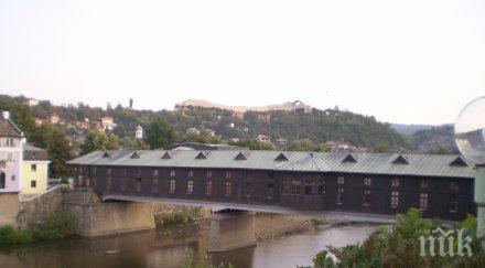 гаврят моста колю фичето