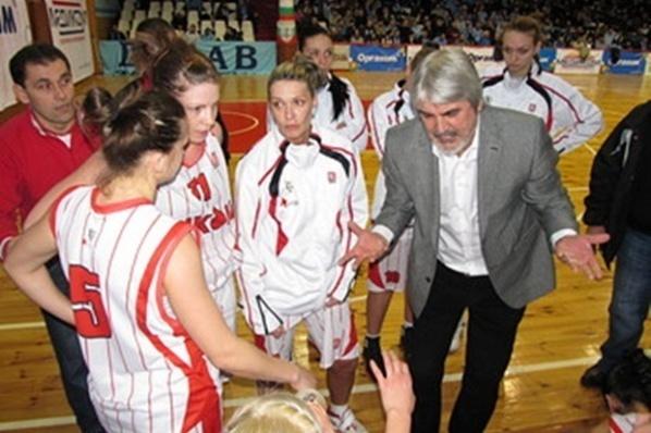 Петко Маринов и Стефан Михайлов ще помагат на националния по баскетбол