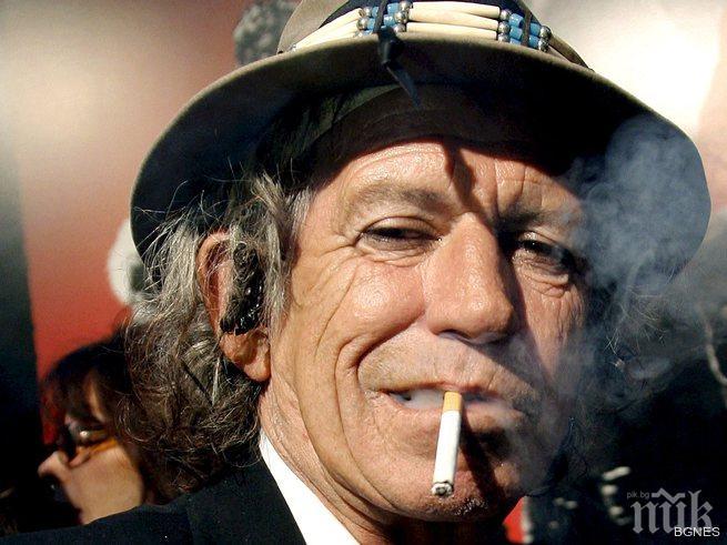 Кийт Ричардс започва деня си с марихуана