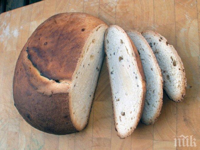 Домашен хляб с магданоз и розмарин