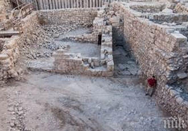 Археолози в Русенско проучват праисторическа селищна могила