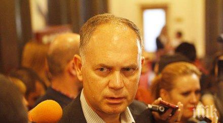 Кадиев готов да оглави нова лява технократска партия! Вотът за него щял да покаже има ли нужда от такава!