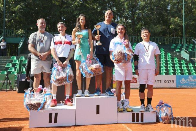 Бойко Борисов  е големият победител в супершоуто ПИК мастърс (обновена и снимки)