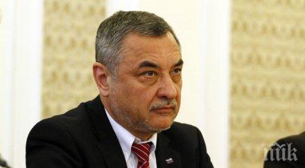 Симеонов: Акцентът в предизборната кампания на НФСБ е решаване на проблемите в различните райони