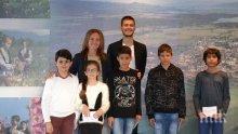 Община Казанлък отпусна седем едногодишни стипендии на талантливи деца