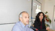 Йордан Йовчев отговори на ученически въпроси в Добрич