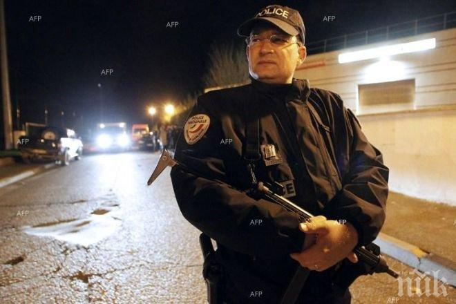 """Един от трите взрива в района на стадион """"Стад дьо Франс"""" е предизвикан от терорист-самоубиец"""