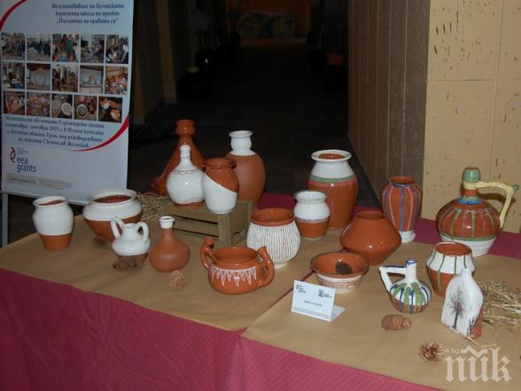 Възраждат школата за Бусинска керамика