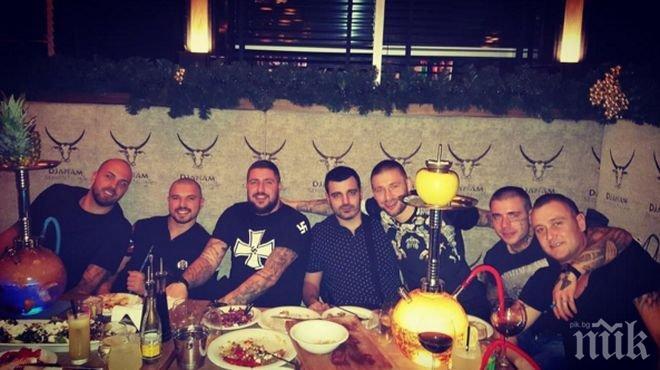 Първо в ПИК! Интересна среща! Бандата празнува с Валери Божинов и Ники Михайлов (снимка)