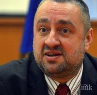Ясен Тодоров: Депутати обслужват интереси на свои клиенти, брутално се месят в съдебната власт