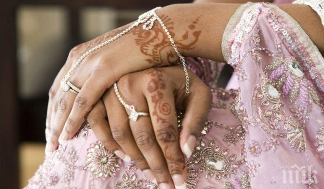 Индиец покани 18 000 вдовици на сватба