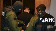 """СУПЕР СЕНЗАЦИЯ в ПИК! """"Прокурорът"""", пробвал да вземе 70 бона от мола се оказа обвиняем по делото за """"Инвестбанк""""! Действащ полицай също бил в играта!"""