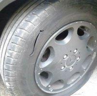 десетки сигнали нарязани гуми автомобили враца