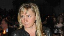 Елена Йончева вече е майка! 51-годишната журналистка се похвали с мъжка  рожба!