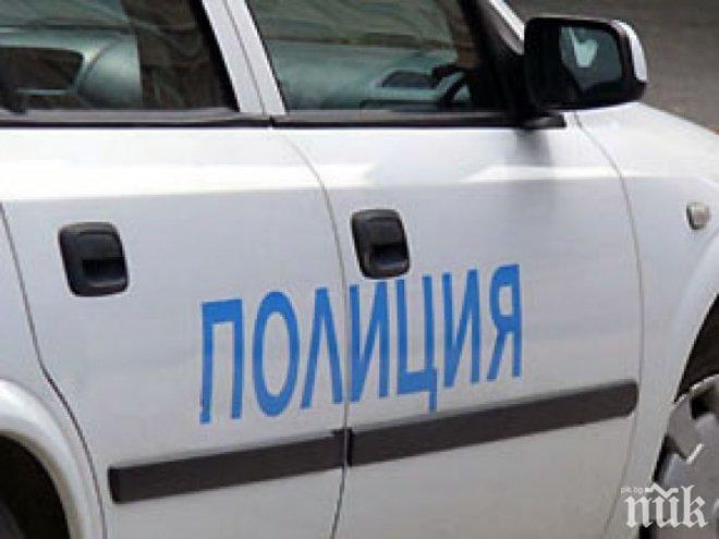 Задържаха мъж и жена в Бургас за незаконна търговия с черни и цветни метали