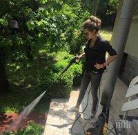 Благородно! Красавицата Никол Станкулова мие къщи за бездомни животни