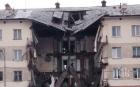Страшна драма! Рухна огромна част от жилищна сграда! Под руините са открити мъж и дете, има загинали (СНИМКИ)