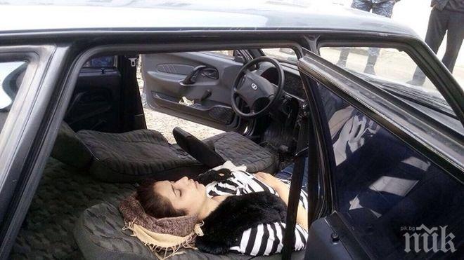 ИЗВЪНРЕДНО! Зловеща смърт! Труп на жена открит до спряно БМВ на пътя Русе – Бяла