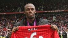 Юсейн Болт приветства Ибра в Манчестър Юнайтед