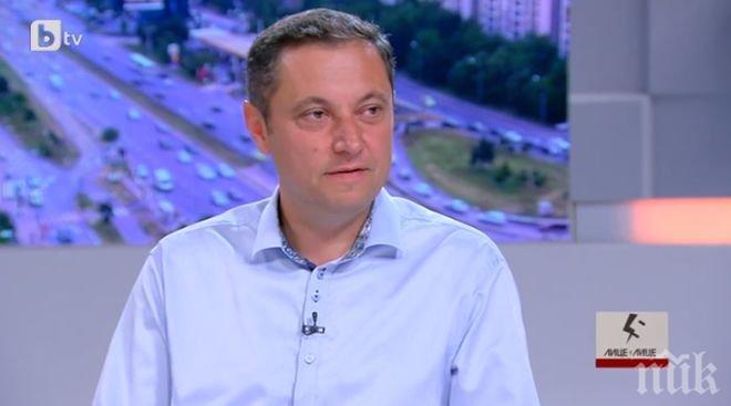 Яне Янев: Слави Трифонов печели евтини политически дивиденти с въпроси, които може да се решат само от Великото народно събрание