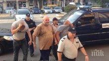 Ето ги каналджиите, арестувани от ГДБОП в Бургас(СНИМКА)