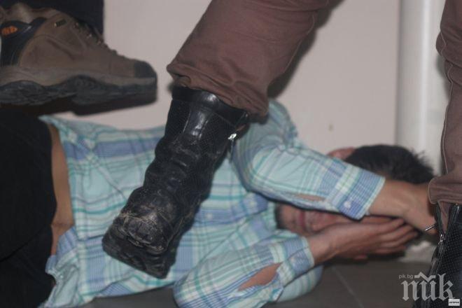Насилие между деца: Момичета помляха връстничка заради дрога във Враца (ВИДЕО)