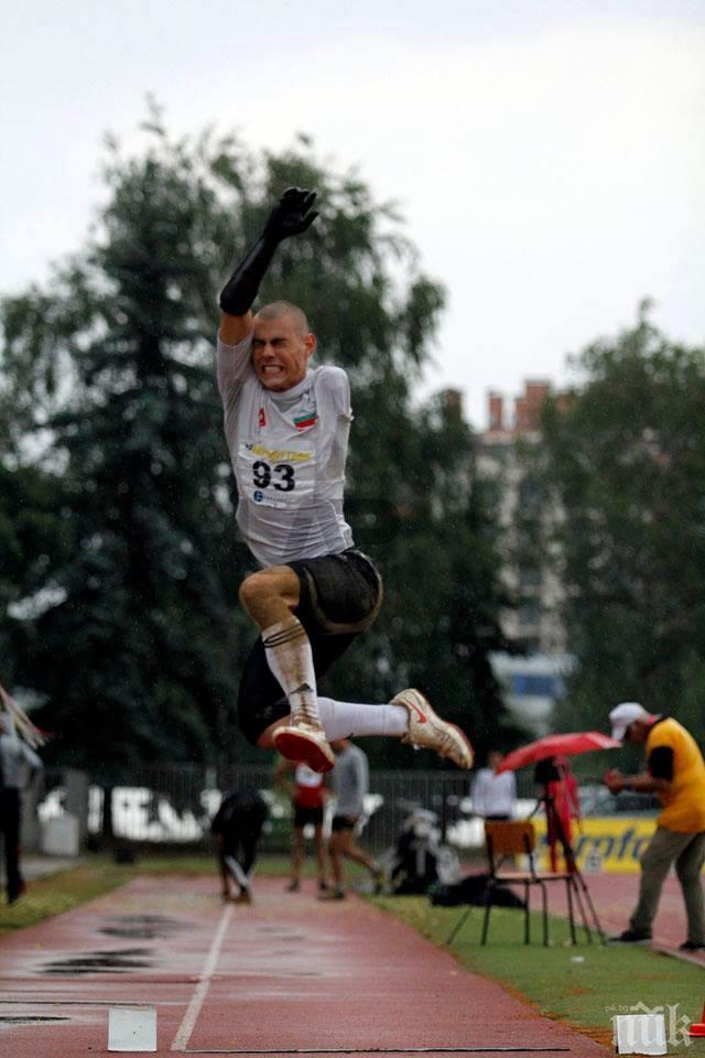 """Параолимпиецът Михаил Христов дава кураж на хора с увреждания във """"Воля за спорт"""""""