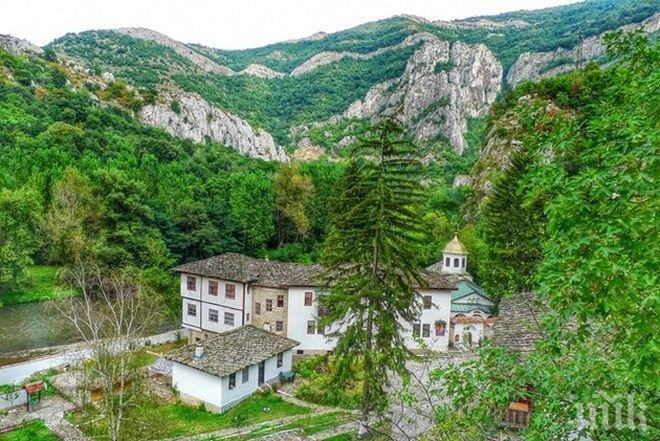 ЧУДО! Мъж пребори рак в Черепишкия манастир