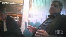 След корупционния скандал Сам Алърдайс трепери за стола си