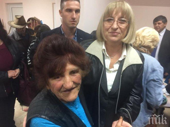 Цецка Цачева в село Бойница: Време е за национално единение – стига сме чертали разделителни линии