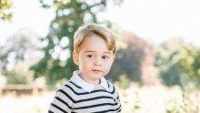 Принц Джордж заразил с настинка сина на Бен Афлек