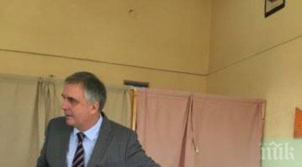 Калфин даде вот и изрази очаквания за висока избирателна активност