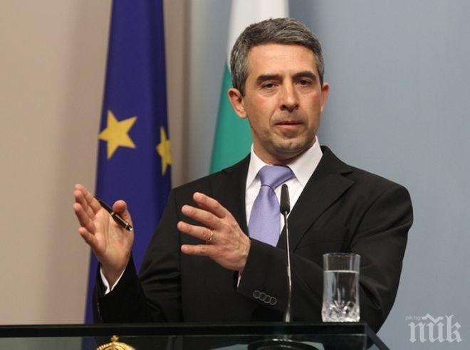 Росен Плевнелиев пита Конституционния съд за предсрочния вот