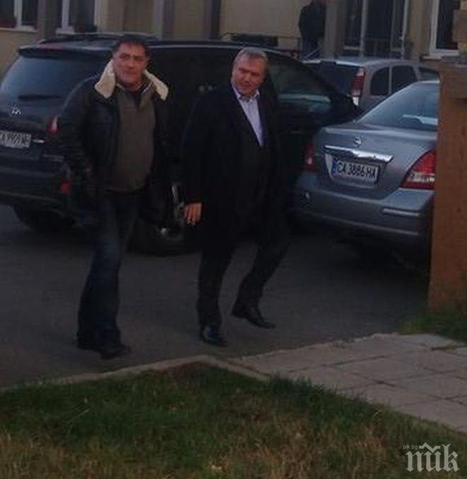 ЕКСКЛУЗИВНО И ПЪРВО В ПИК TV! Изненадващо в следствието влетя и бизнесменът Богомил Манчев! (СНИМКИ/ВИДЕО)