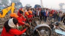 Ужас в Индия! Осем души изгоряха живи при пожар в завод